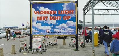 Billboard bij Schiphol.